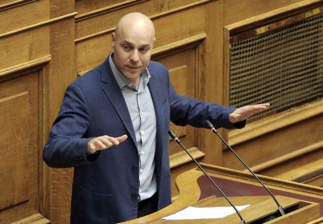 Απάντηση Αμυρά σε Καμμένο: Χίλες φορές νυφούλα, παρά ζωντοχήρα | tovima.gr