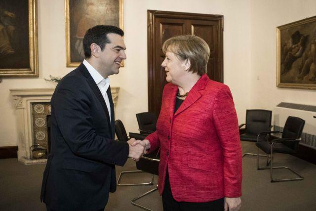Reuters: Η επίσκεψή της Μέρκελ στην Αθήνα φέρνει σκληρές οικονομικές μεταρρυθμίσεις | tovima.gr