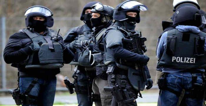 Απειλή γιο βόμβα στα δικαστήρια τριών πόλεων της Γερμανίας | tovima.gr