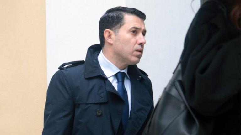 Επικυρώθηκε η απαγόρευση εξόδου από τη χώρα για τον Ν. Μανιαδάκη   tovima.gr