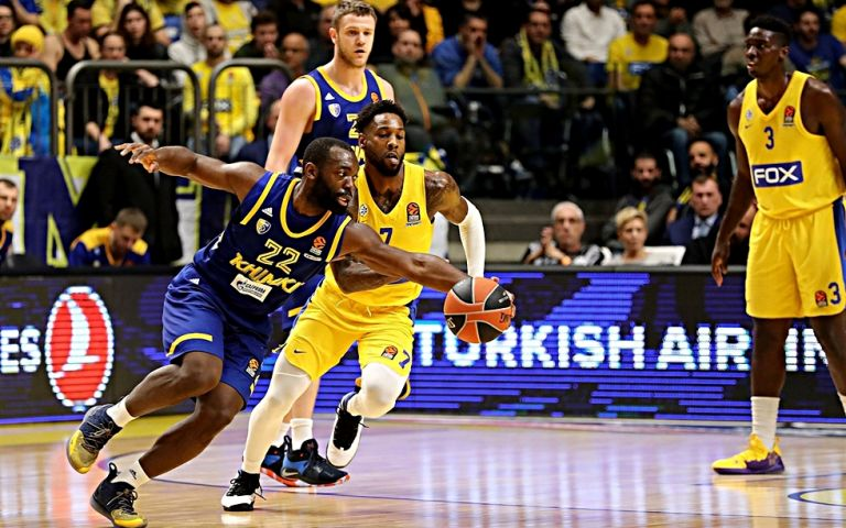 Τζένκινς: «Πάντα δύσκολο να αντιμετωπίζεις τον Ολυμπιακό στο ΣΕΦ» | tovima.gr