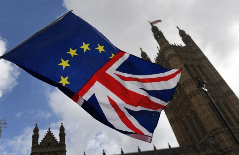 Ενα βήμα πιο κοντά στο χαοτικό Brexit: Τα σενάρια για την επόμενη μέρα | tovima.gr