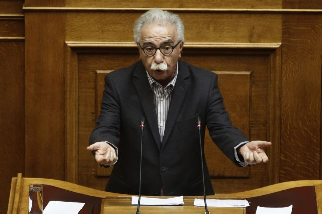 Editorial: Demolishing the education system   tovima.gr