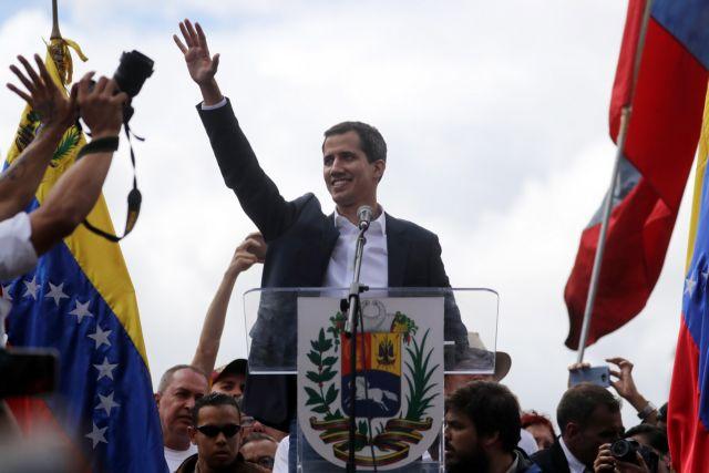 Βενεζουέλα : Τα περισσότερα κράτη της Ομάδας της Λίμα υπέρ του Γκουαϊδό | tovima.gr
