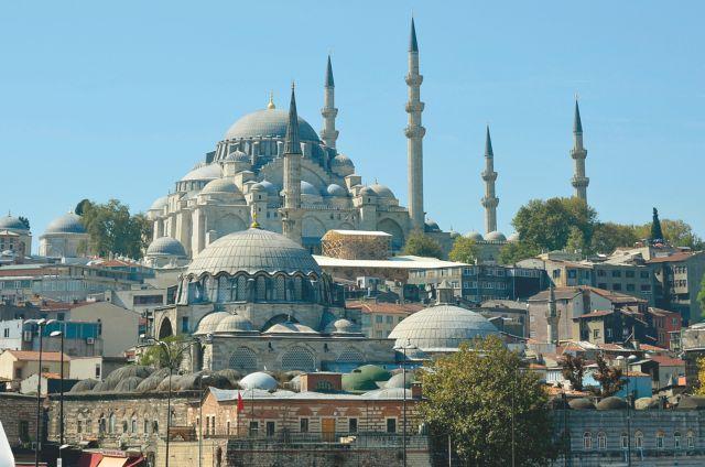 Φανατικοί μουσουλμάνοι καλούν συγκέντρωση στην Αγία Σοφία | tovima.gr