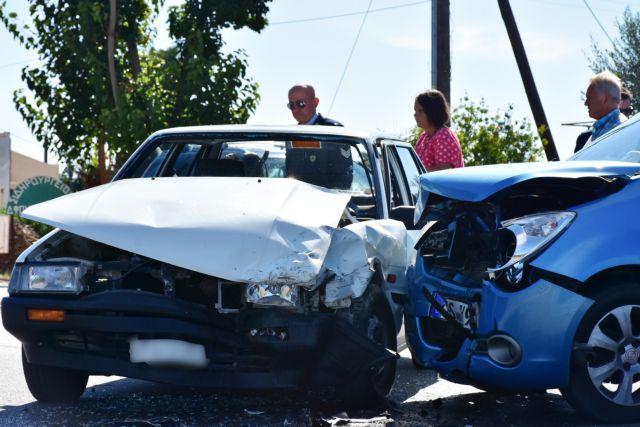ΕΛΣΤΑΤ: 959 τροχαία, 64 νεκροί σε τροχαία τον Νοέμβριο | tovima.gr