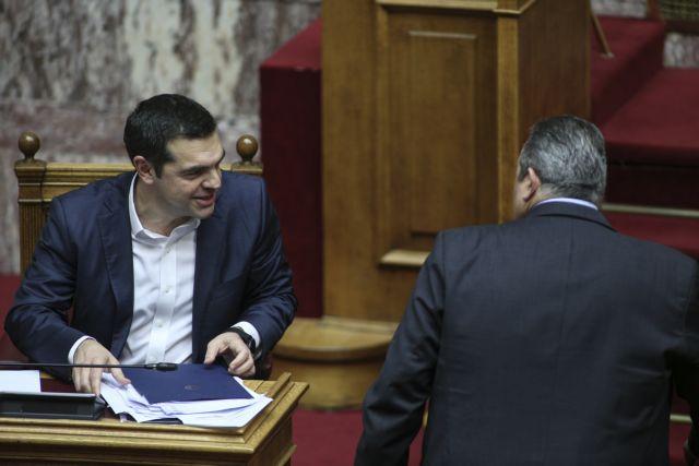 Κοινοβουλευτικές πιρουέτες μπροστά στον διπλό εκβιασμό | tovima.gr