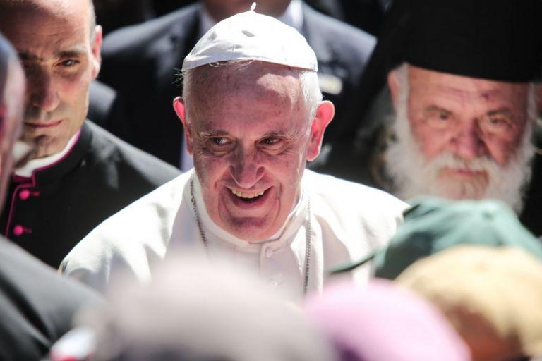 «Ομολογία» Πάπα: Κληρικοί κρατούσαν καλόγριες αιχμάλωτες ως σκλάβες του σεξ | tovima.gr