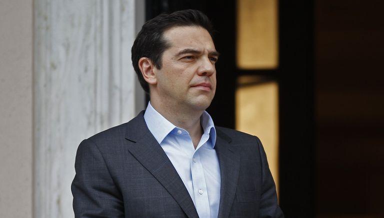 Ο πρωθυπουργός με τις πρακτικές του απαξιώνει την πολιτική | tovima.gr