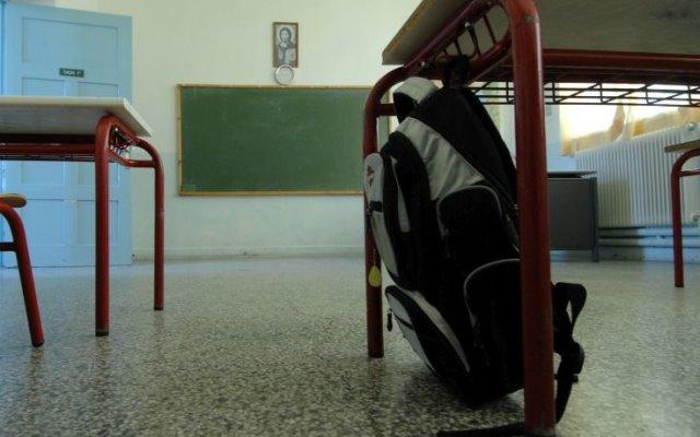 ΟΛΜΕ: Μαθητές με γρίπη πηγαίνουν σχολείο για να μη μείνουν από απουσίες | tovima.gr