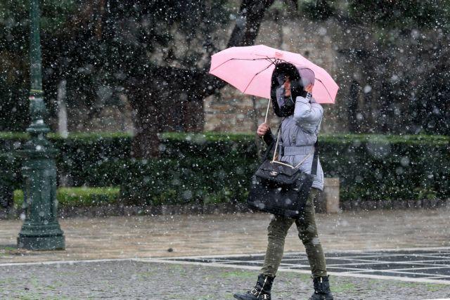 Νέα ψυχρή εισβολή : Ραγδαία πτώση της θερμοκρασίας και χιόνια – Δείτε που | tovima.gr