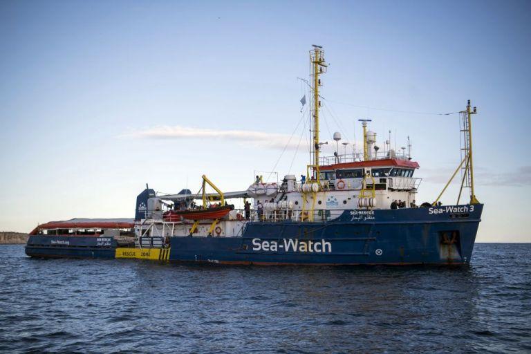 Ο μικρός Άλαν που έχασε τη ζωή του στη Μεσόγειο έδωσε το όνομα του σε πλοίο | tovima.gr