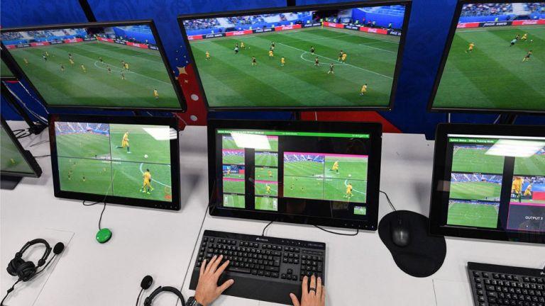 Με VAR οι αγώνες του Champions League: Πότε θα χρησιμοποιείται (vids) | tovima.gr
