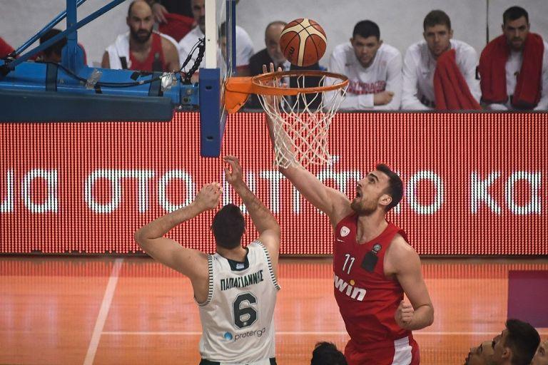 Με -2 βαθμούς από το πρωτάθλημα κινδυνεύει ο Ολυμπιακός | tovima.gr