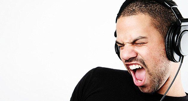 Προσοχή! Η νέα γενιά μουσικόφιλων βλάπτει την ακοή της | tovima.gr