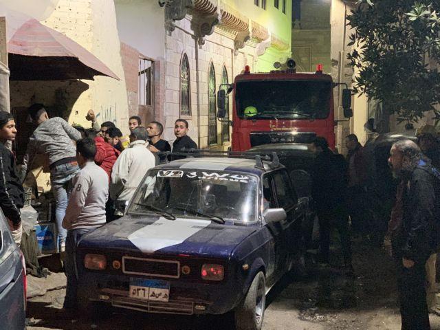 Κάιρο : Ανατινάχτηκε με τους αστυνομικούς που τον συνέλαβαν   tovima.gr