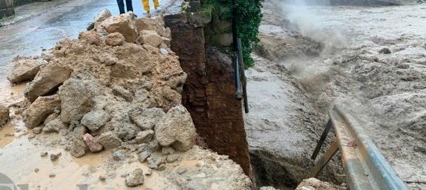 Χανιά: Κατέρρευσε η γέφυρα Κερίτη στον Αλικιανό | tovima.gr