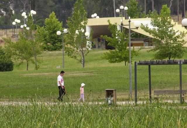 Καλύτερη ψυχική υγεία για τα παιδιά που μεγαλώνουν στο πράσινο | tovima.gr