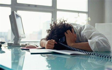 Κίνδυνος κατάθλιψης για όσους δουλεύουν τα Σαββατοκύριακα | tovima.gr