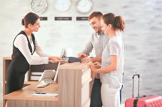 Στις ηλεκτρονικές κρατήσεις ξενοδοχείων η Google | tovima.gr