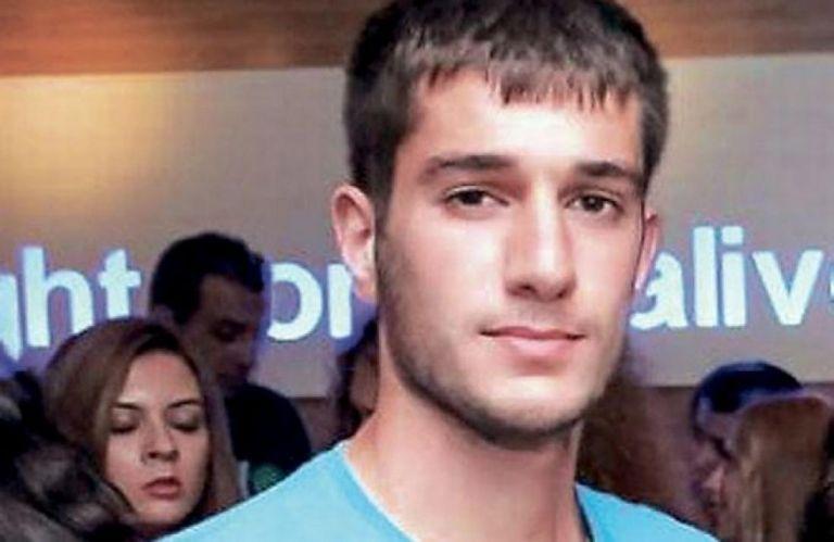 Στο εδώλιο του κατηγορουμένου βρέθηκε ο πατέρας του Βαγγέλη Γιακουμάκη | tovima.gr