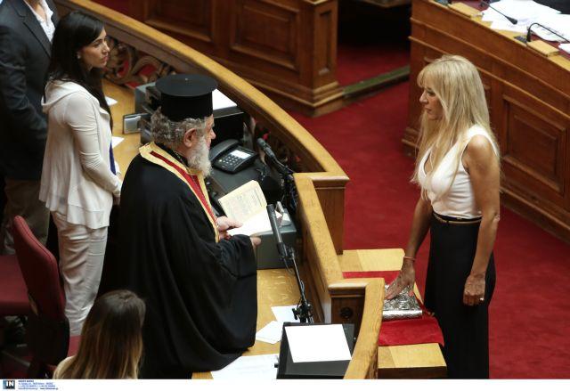 Ένωση Κεντρώων:  Εντάχθηκε η πρώην βουλευτής της ΝΔ Μαρία Σταυρινούδη   tovima.gr