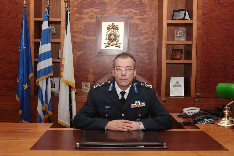 Ερωτηματικά για τη παραμονή του Αρχηγού της Πυροσβεστικής | tovima.gr