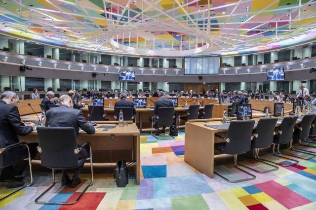 Αμφίβολη η εκταμίευση της δόσης του 1 δισ. από το Eurogroup της Δευτέρας | tovima.gr