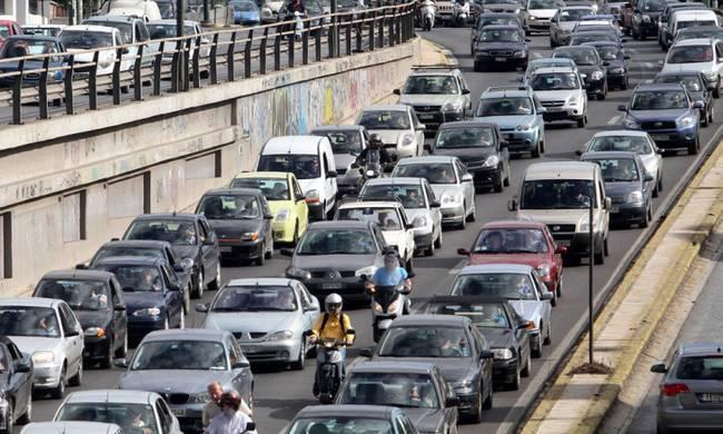Κυκλοφοριακό κομφούζιο στον Κηφισό λόγω τροχαίου | tovima.gr