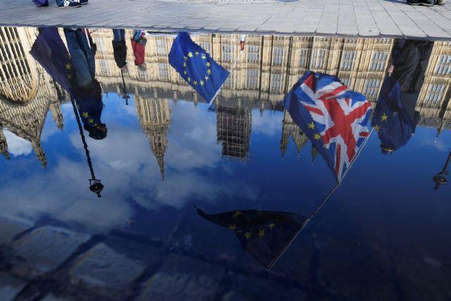 Βρετανία: Διαφωνίες εντός της κυβέρνησης για το Brexit   tovima.gr
