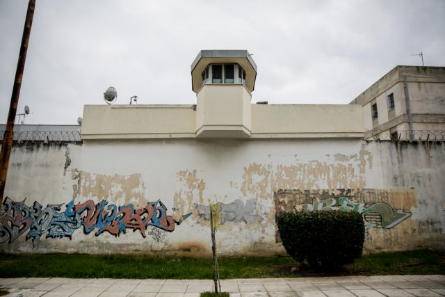 Φυλακές Κορυδαλλού: Πλήθος ερωτηματικών μετά τη νέα συμπλοκή με νεκρό | tovima.gr