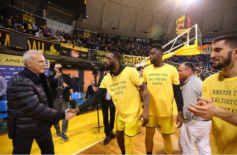Λάκι Τζόουνς: «Όταν ήμουν παιδί έπαιζα μπάσκετ στα σκουπίδια»   tovima.gr