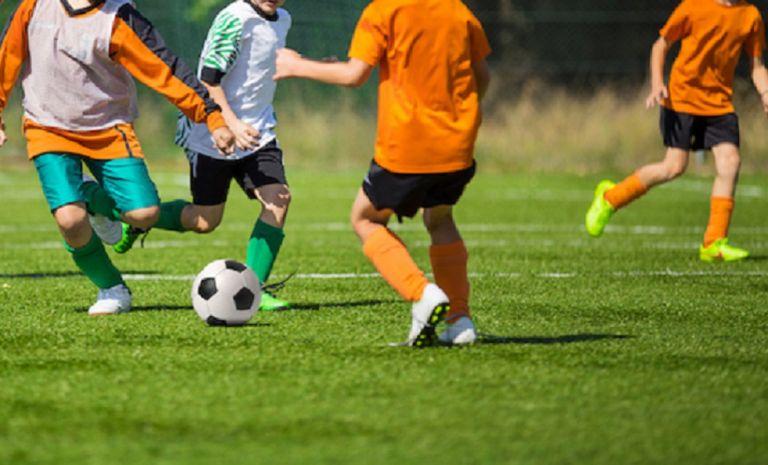 Ξύλο μεταξύ γονέων στην Ισπανία σε αγώνα U-8! | tovima.gr