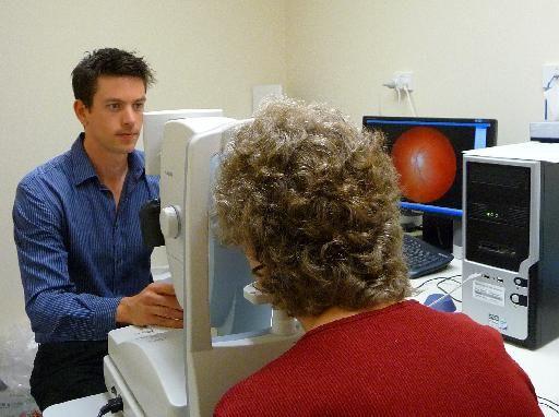Απλή οφθαλμολογική εξέταση για το Αλτσχάιμερ; | tovima.gr