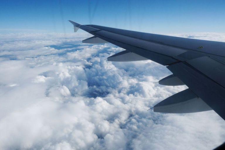 Αναγκαστική προσγείωση Boeing 737 στη Ρωσία – Σώοι οι επιβάτες – Ερευνα για τα αίτια | tovima.gr