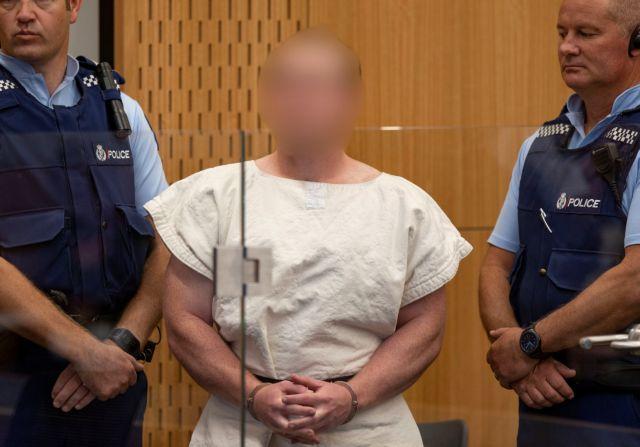 Φρίκη από το μακελειό στη Νέα Ζηλανδία: Σοκάρει η απάθεια του μακελάρη – Οι κατηγορίες που αντιμετωπίζει | tovima.gr
