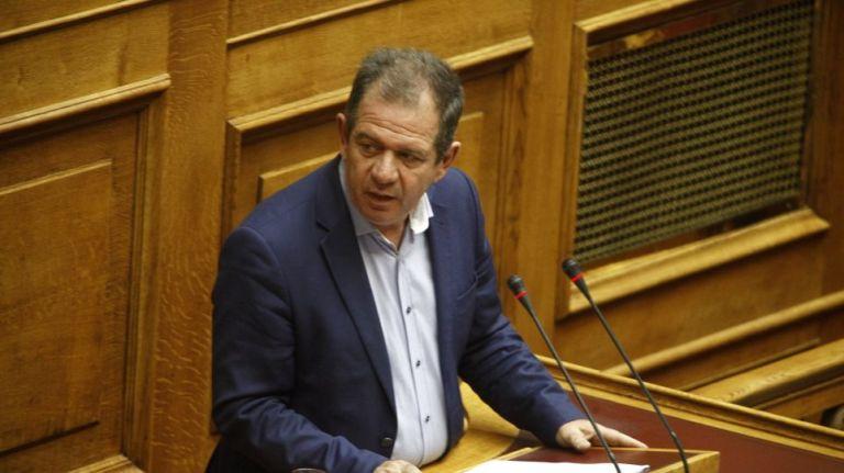 Επίθεση στο σπίτι βουλευτή του ΣΥΡΙΖΑ Δημήτρη Δημητριάδη στην Πτολεμαϊδα | tovima.gr