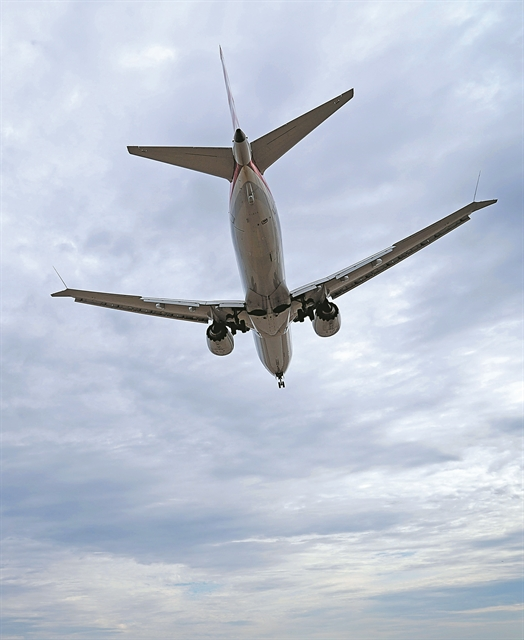 Γιατί πέφτουν τα Μπόινγκ 737 MAX | tovima.gr