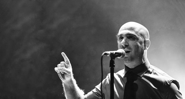 Αρης Μπινιάρης: «Η ουδετερότητα είναι επικίνδυνη» | tovima.gr
