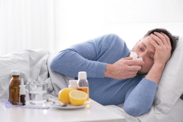 Θερίζει η γρίπη: Στα 122 τα θύματα – 3 νεκροί την τελευταία εβδομάδα | tovima.gr