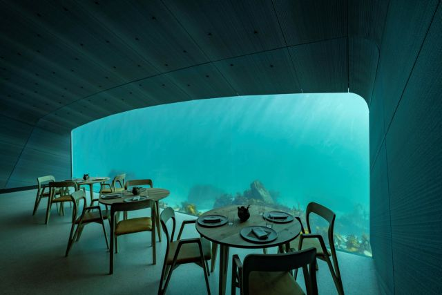 Noρβηγία: 'Aνοιξε τις πύλες του το 1ο υποθαλάσσιο εστιατόριο της Ευρώπης | tovima.gr