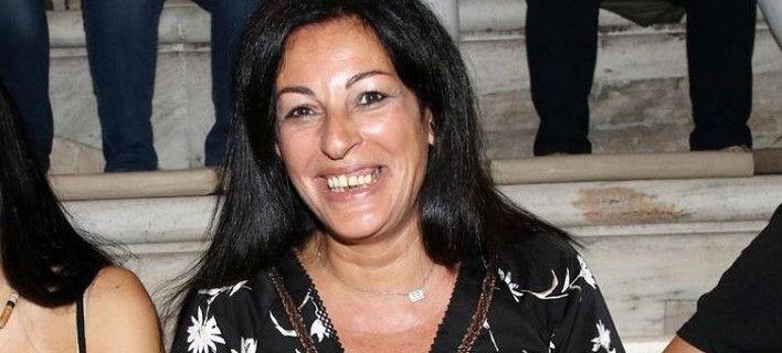 Ξεσαλώνει το Twitter με τη Μυρσίνη Λοϊζου – Φαρμακερά post | tovima.gr