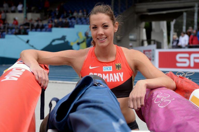 Καταρίνα Μπάουερ: Η πρώτη αθλήτρια με απινιδωτή που θα πάρει μέρος σε Ολυμπιακούς Αγώνες | tovima.gr