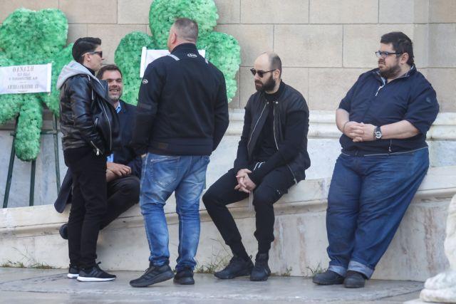 «Αντίο Θανάση» – Συγκινητικές στιγμές στην κηδεία του Γιαννακόπουλου | tovima.gr
