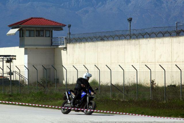 Φυλακές Τρικάλων: Καταγγελία για ξυλοδαρμό σωφρονιστικού υπαλλήλου | tovima.gr