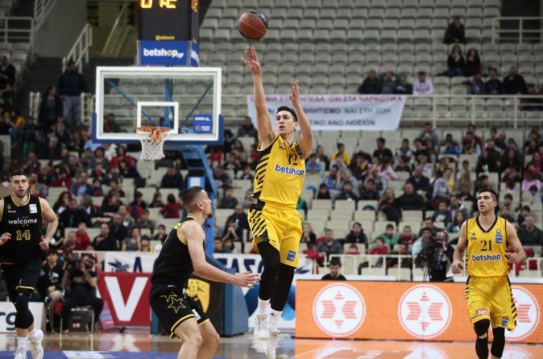 Νίκη της ΑΕΚ με ηγέτη τον Λαρεντζάκη | tovima.gr