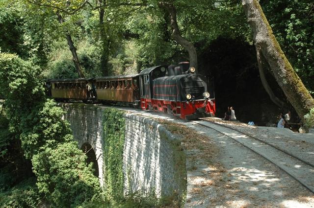 Σε τροχιά υλοποίησης ο τουριστικός σιδηρόδρομος της Θεσσαλίας | tovima.gr