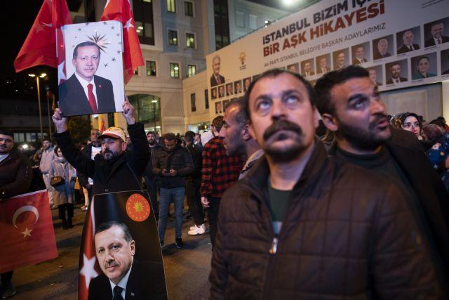 Reuters: Η ήττα θα οδηγήσει τον Ερντογάν σε λάθη στην οικονομία | tovima.gr