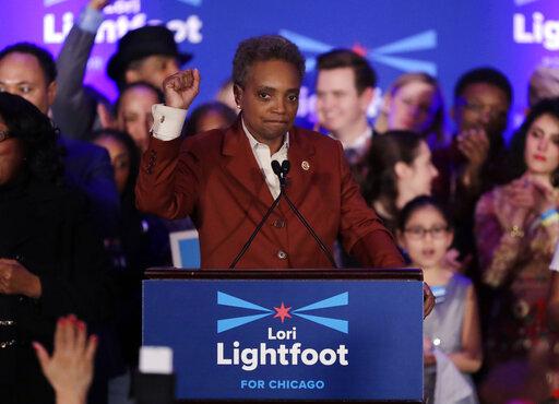 Το Σικάγο γυρίζει σελίδα: Η πρώτη αφροαμερικανίδα και ομοφυλόφιλη δήμαρχος | tovima.gr