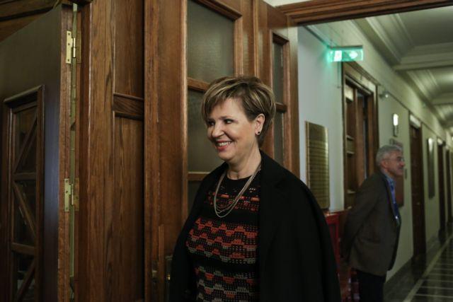 Έκθετη η Γεροβασίλη από τη διάψευση του Λιμενικού: Είχαμε ενημερώσει την ΕΛΑΣ για τα Εξάρχεια | tovima.gr